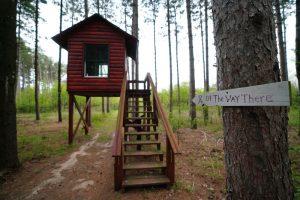 Sitting cabin.